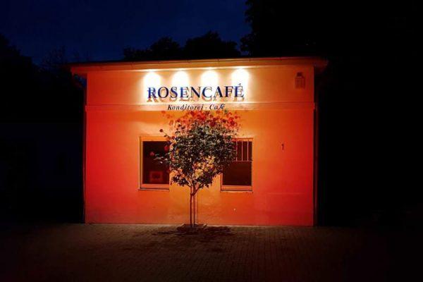 night-of-light-putbus-ruegen-rosencafe